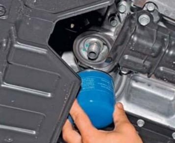 Сколько литров масла нужно заливать в АКПП Ховер Н5