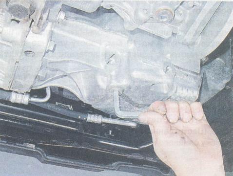 Сколько масла в МКПП (коробке передач) Рено Дастер 2.0