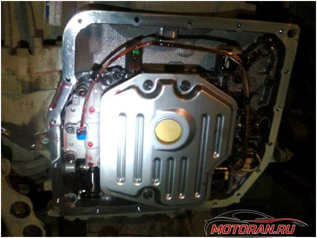 Сколько литров масла нужно заливать в АКПП Тойота РАВ 4