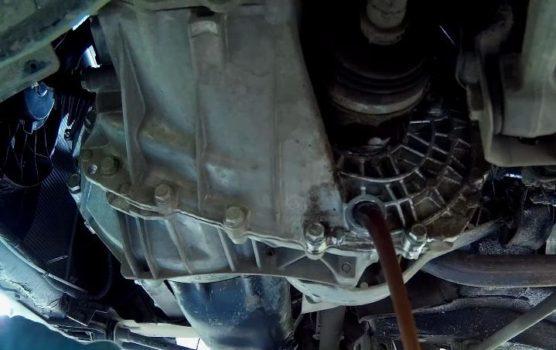 Сколько нужно литров масла для механической коробки передач Лада Веста