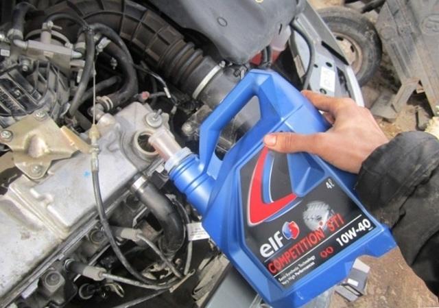 Какое масло заливать в двигатель 8 клапанов Лада Гранта