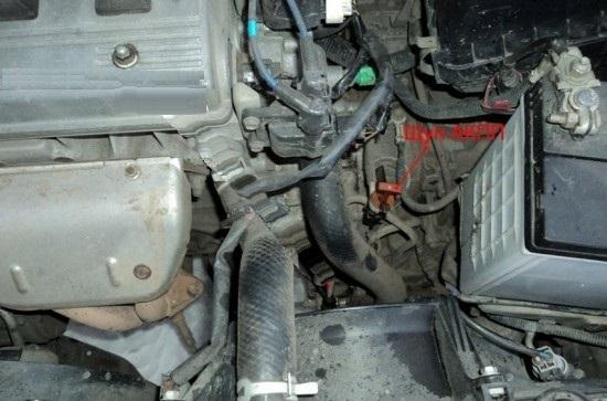 Сколько масла в МКПП (коробке передач) Тойота Хайлендер