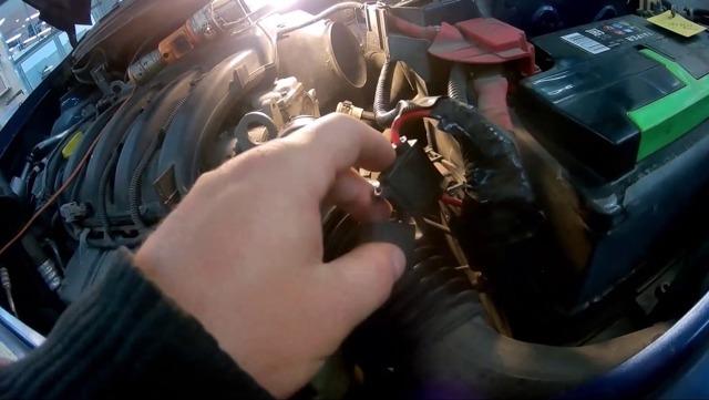 Сколько нужно литров масла для механической коробки передач Шкода Фабия