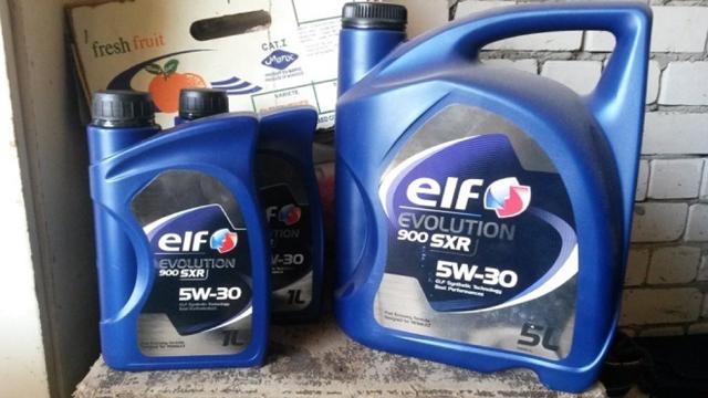 Сколько литров масла нужно заливать в двигатель Рено Сандеро Степвей 1.5, 1.6
