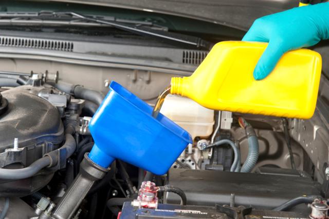 Какое масло лучше заливать в двигатель Рено Аркана 1.3, 1.6