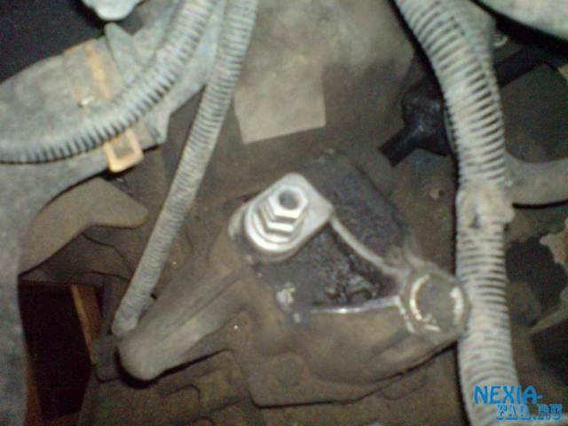 Сколько литров масла нужно для механической коробки передач Дэу Нексия