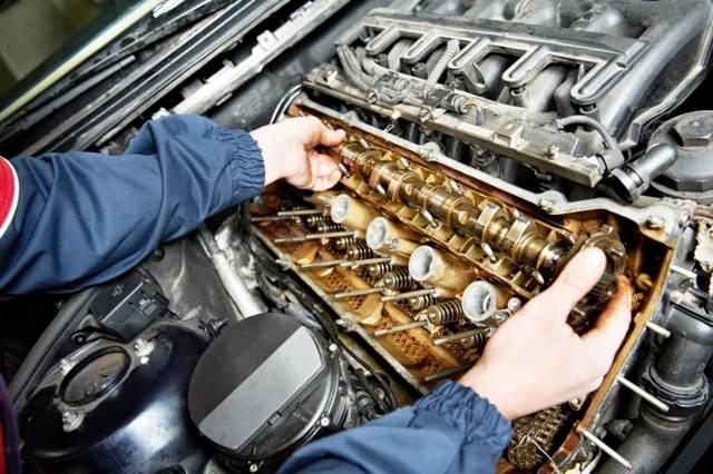 Какое масло заливать в двигатель Мицубиси Паджеро Спорт