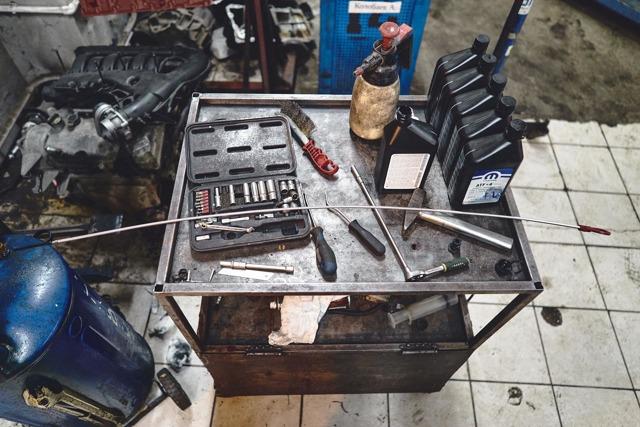 Сколько масла в АКПП (коробка автомат) Крайслер Вояджер