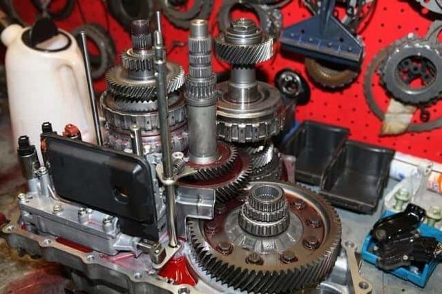 Сколько нужно литров масла для механической коробки передач Хонда cr-v
