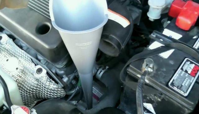 Сколько нужно литров масла для механической коробки передач Сузуки Лиана