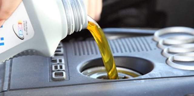 Какое масло заливать в двигатель Киа Рио Икс Лайн