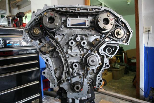 Какое масло лучше заливать в двигатель Ниссан Теана j32 2.5, 3.5