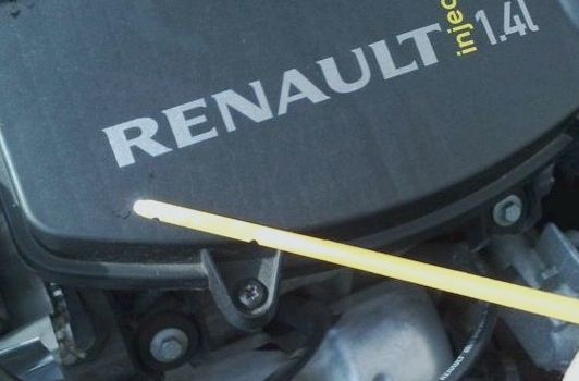 Какое масло лучше заливать в двигатель renault k4m