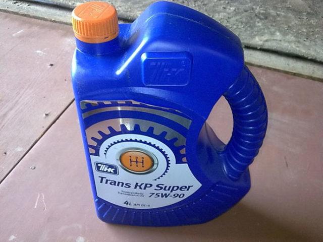 Какое масло лучше заливать в коробку (КПП) Лада Гранта