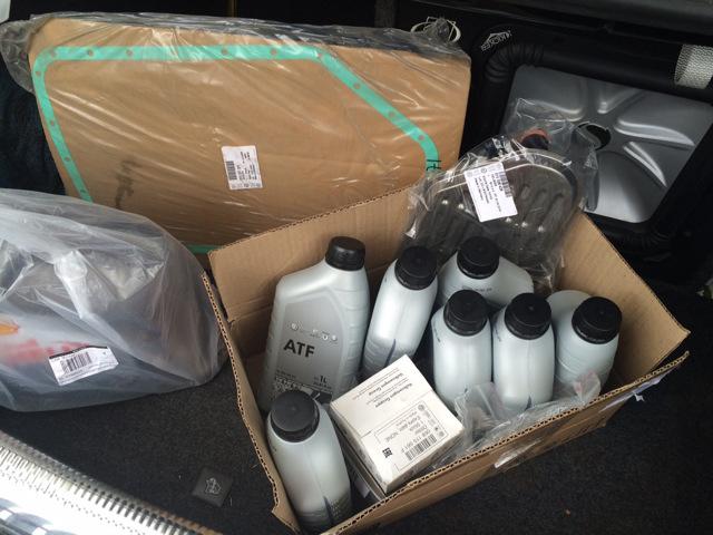 Сколько масла в МКПП (коробке передач) Шкода Рапид