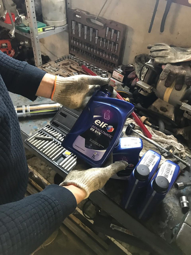 Какое масло заливать в механическую коробку передач Рено Флюенс