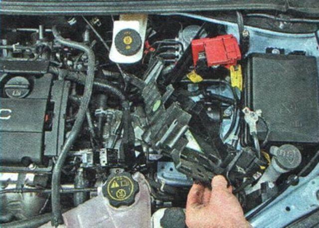 Замена масла в коробке передач (МКПП) Шевроле Авео на видео