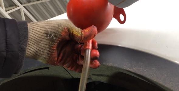 Замена масла в АКПП (коробка автомат) ssangyong actyon своими руками на видео