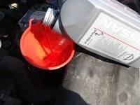 Замена масла в АКПП (коробка автомат) Ситроен С4 своими руками - видео