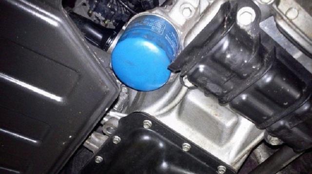 Сколько литров масла заливать в двигатель 1.4 и 1.6 Киа Рио