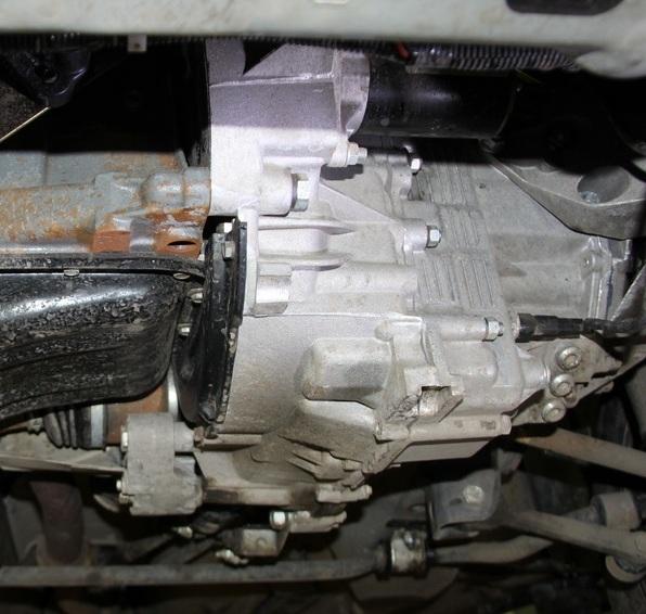 Сколько масла в МКПП (коробке передач) Лада Гранта
