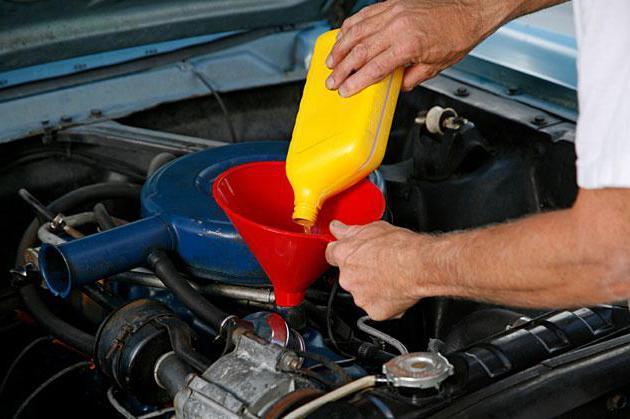Сколько литров масла нужно заливать в двигатель УАЗ-469 2.4