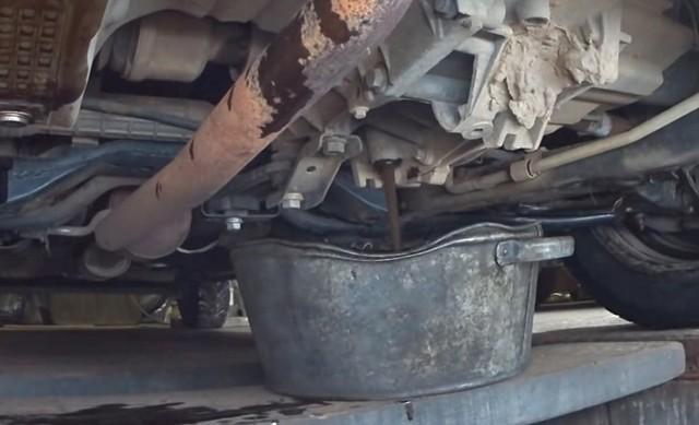Какое масло заливать в коробку (МКПП) Лада Икс Рэй
