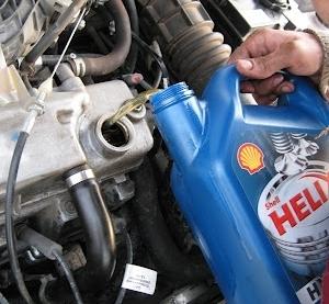 Замена масла в двигателе Лада Гранта 16 клапанов своими руками на видео