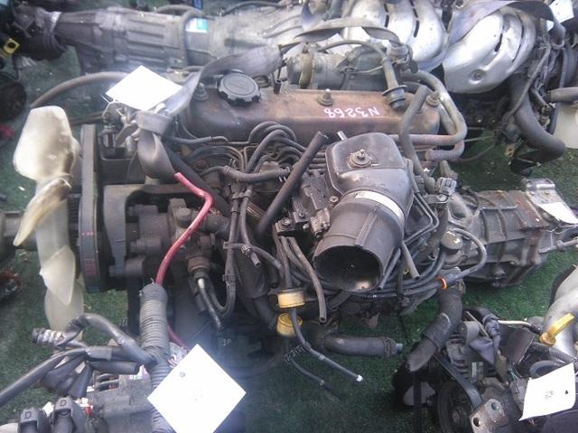 Сколько литров масла нужно заливать в двигатель Тойота Таун Айс Ноах 1.5, 1.8, 2.0, 2.2