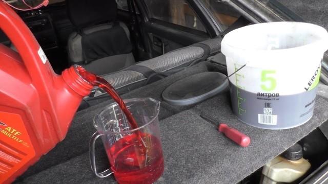 Сколько нужно литров масла для механической коробки передач Опель Вектра