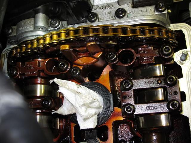 Сколько литров масла нужно заливать в двигатель Ауди А6 С6 2.0, 2.4, 2.7, 2.8, 3.0, 3.2, 4.2, 5.0, 5.2