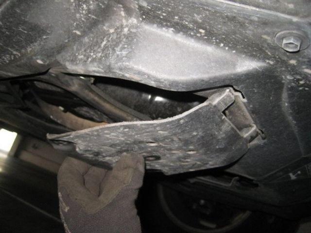 Какое масло заливать в двигатель Тойота Хайлендер