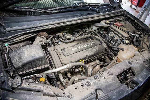 Сколько масла в двигателе Шевроле Авео Т300