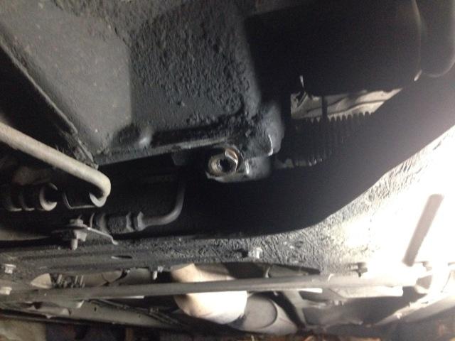 Сколько нужно дитров масла для механической коробки передач Пежо 406