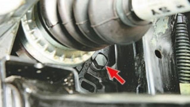 Сколько литров масла нужно заливать в АКПП Мазда СХ-7
