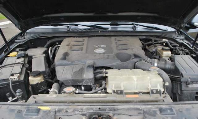 Какое масло лучше заливать в двигатель Ниссан Патфайндер 2.5, 3.0, 3.5, 4.0