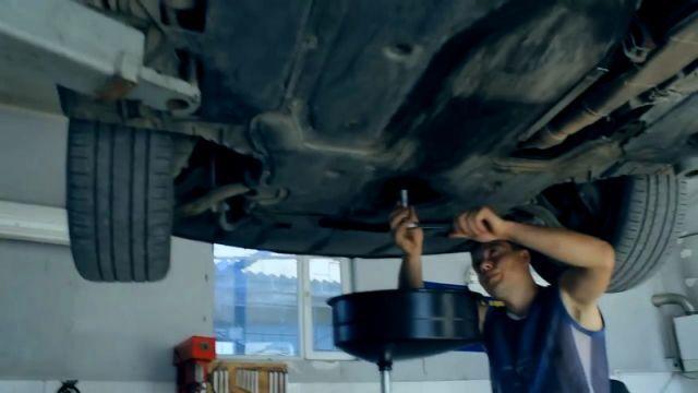 Сколько литров масла нужно заливать в двигатель БМВ Е60 2.0, 2.2, 2.5, 3.0, 4.0, 4.4, 4.8