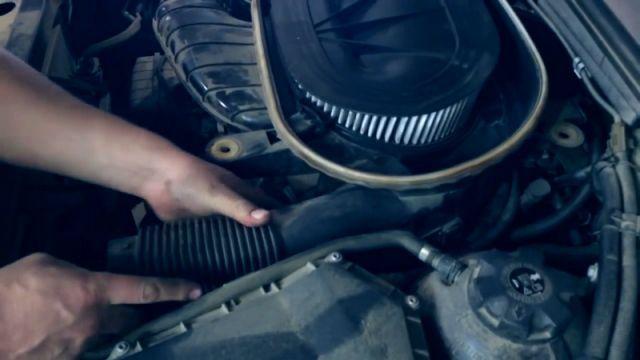 Сколько литров масла нужно заливать в двигатель БМВ Х3 2.0, 2.5, 3.0