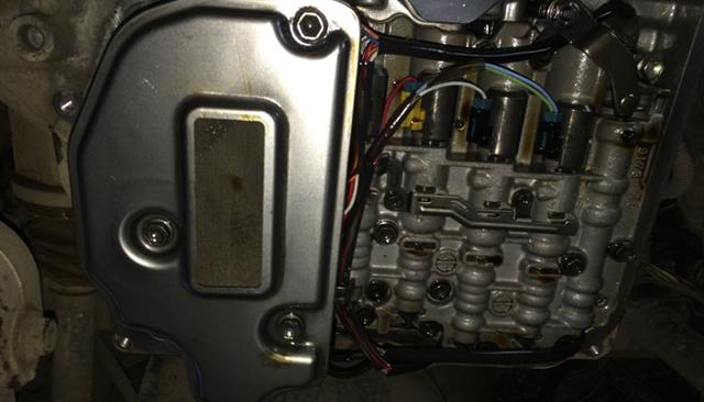 Сколько масла в АКПП (коробка автомат) Фольксваген Пассат В6
