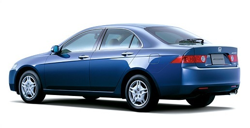 Сколько нужно литров масла для механической коробки передач Хонда Аккорд 7