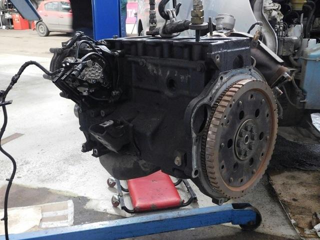 Сколько масла в двигателе Хендай Гранд Старекс