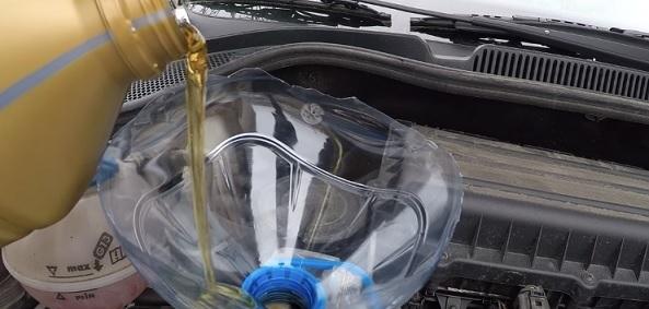 Замена масла в двигателе Фольксваген Поло седан своими руками