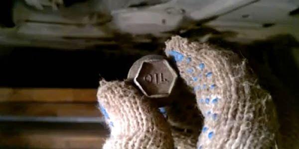 Сколько масла в МКПП (коробке передач) Мицубиси АsХ