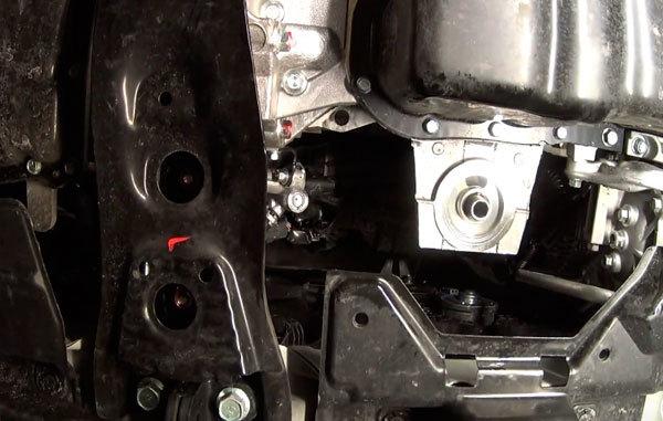 Какое масло лучше заливать в двигатель mitsubishi asx видео