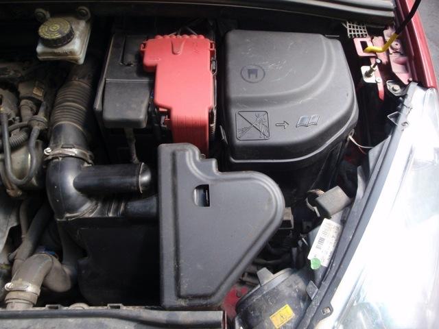 Сколько масла в МКПП (коробке передач) Пежо 206