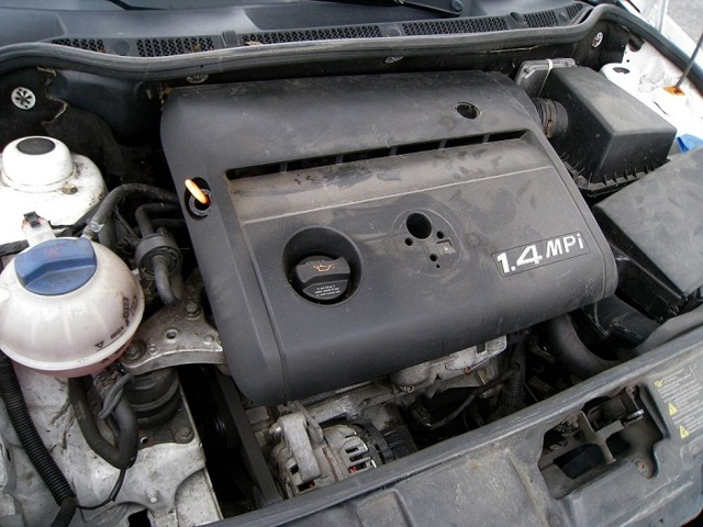 Какое масло лучше заливать в двигатель 1.2, 1.4 Шкода Фабия