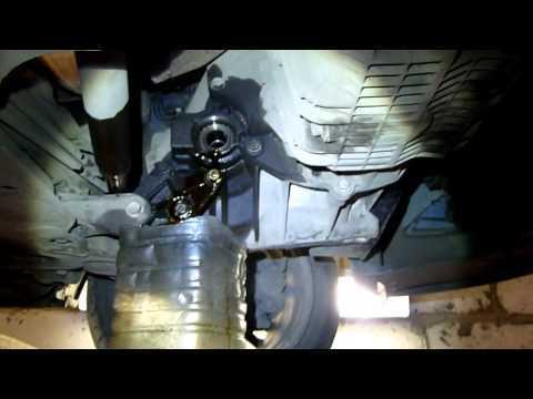 Замена масла в коробке передач (МКПП) Форд Фокус 2 своими руками + видео