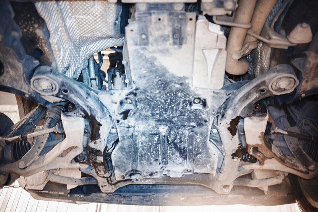 Сколько масла в двигателе Фольксваген Туарег 3.6 бензин