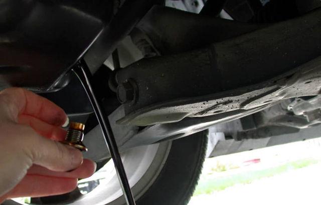 Сколько литров масла нужно заливать в АКПП Рено Дастер 2.0