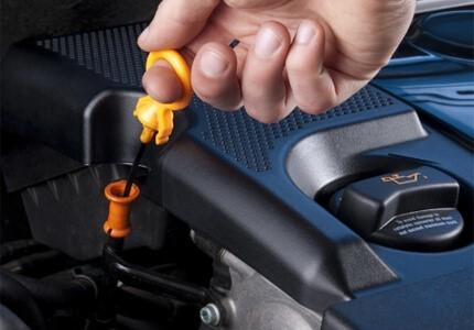 Сколько литров масла нужно заливать в двигатель Мерседес w204